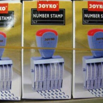 large2 CAP STEMPEL NUMBER N 7
